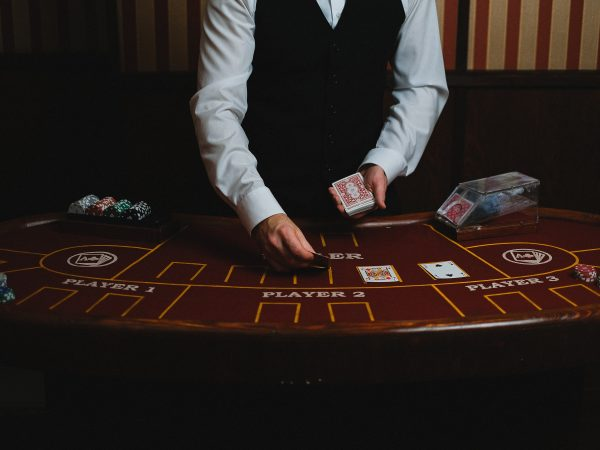 Top 4 Advantages Provided By Reliable Online Casino
