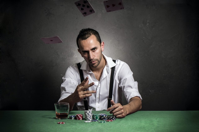Online Gambling – Why Do Stakers Need To Prioritize It And The Benefits Associated With It?